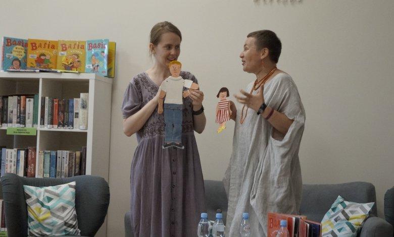 Spotkanie autorskie z paniami Zofią Stanecką i Marianną Oklejak, czyli Noc Bibliotek w Klembowie